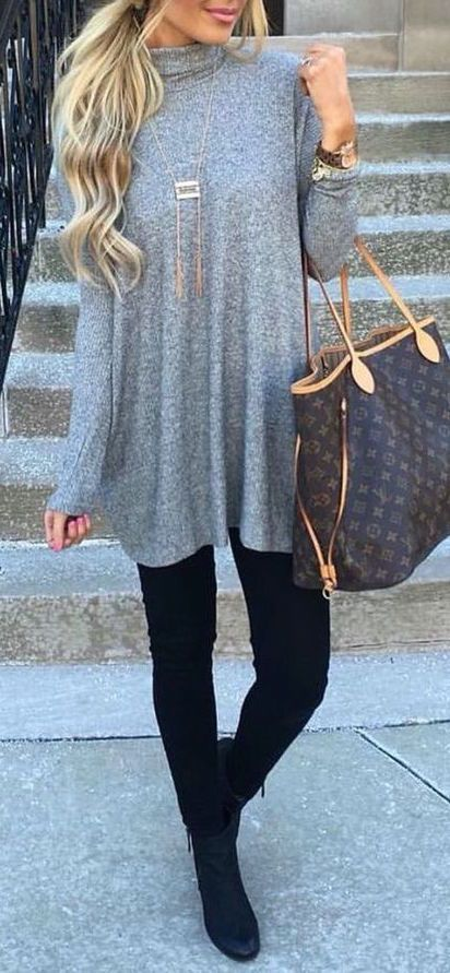 #fall #outfits / Grey Tunic - Black Jeans