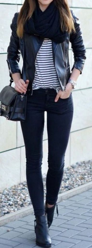 #fall #outfits / All Black - Stripes