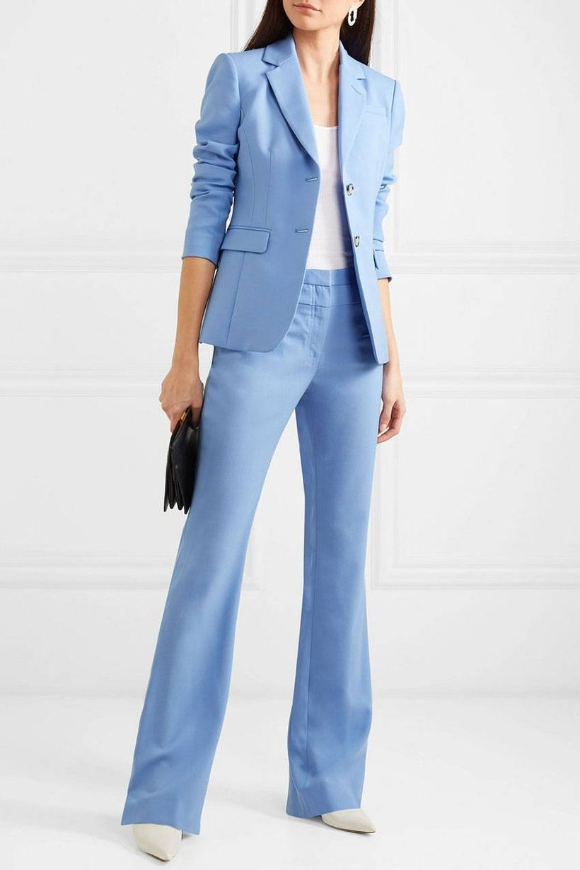 Blue blazer with white t-shirt, white blue pants and white flat shoes